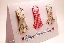 Anyák napi ajándék / Pár kedves saját készítésű anyák napi ajándék ötlet, hogy méltóképpen köszönthesd azt, aki téged a legjobban szeret.