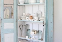 woodwork, furniture,home decor / by Monika Opatril