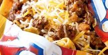Tailgate Food / Tailgating is huge in Texas, get some good arse tailgate recipes and tailgate drinks for a stellar tailgate party.