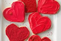 Valentine's Day Recipes / Taste of Home has Valentine's Day recipes including Valentine's Day dinners, classroom treats, heart-shaped recipes, chocolate desserts and more!