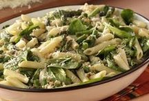 Asparagus Recipes / Welcome Spring with these fresh asparagus recipes from Taste of Home.