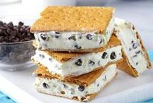 Summer Desserts / Cool dessert recipes for summer entertaining from Taste of Home.  / by Taste of Home