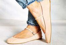 C O M F Y S H O E S / Pretty outfit + comfortable shoes = amazingness