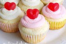cupcakes / by Amanda Montgomery