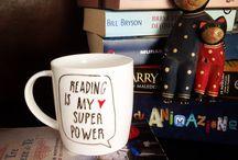Mug fatte da me / Tazze decorate a mano con pennarelli per ceramica in vendita su Fb @calligrafiamoderna