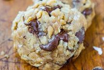 Cookies, bars and brownies! / Yummy Cookies, Delicious Brownies, Blondies and Bars! Chocolate, Mint, Caramel, Coconut, Caramel, White Chocolate, Chocolate Chip, Peanut Butter.....All Fabulous Recipes to help that Sweet Craving!