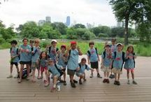 Conservation Camp / Conservation Camp offers exciting exploration opportunities for animal and nature lovers! Campers explore the zoo and do activities to discover animal diversity, environmental conservation, and how Lincoln Park Zoo cares for animals and conserves them in the wild.