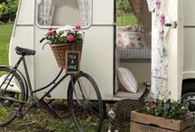 Home On Wheels / by Julia Marchand