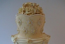 Cakes Galore! / by Kelli Oliver