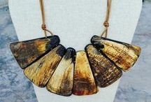 Jewelry inspiration: natural cow horn/ bone/ wood... / Bijoux en matières naturelles #bois #corne #os #horn #wood #bone