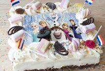 kindertaart / De mooiste en lekkerste kindertaarten met een foto erop geprint van hun favoriet of een mooie taart met speelgoed erop.