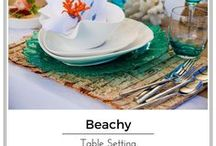 beach table settings / See how to set your table with that beachy vibe, yet keeping it elegant