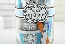 Cute Gift Ideas / by Lindsay B