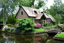 Castles, Cottages & Craftsman