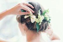 ראשים עטורים בפרחים / כי יש דבר יותר יפה מזה?