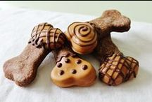 Dog Treats / Healthy homemade treats for your dog.