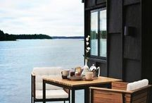 (dream) life on the water. / Houseboats, beach houses, lake homes... Living on the waterfront is my dream!