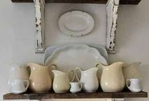 Vintage Farmhouse II / Blends heritage and familiar influences with continuing touches of artisan designs.