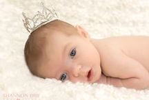 Newborn Posing / Newborn Photography and Posing Ideas / by Shannon @ Fabulously Vintage