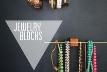 Jewelry Organization / Allison Neumann