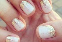 nails / by Kyra Derdivanis