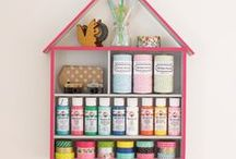 Craft Room Ideas / DIY Craft Room Ideas and Crafts Storage & Decor, Craft Room Decor, Storage, Organization, Decorating Inspiration, Ideas and Tutorials on Pinterest.