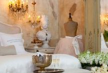 French Bedroom / French Bedroom: Glamorous, Fancy, French Country, Vintage Bedroom Decor, Design and Bedroom Decorating.