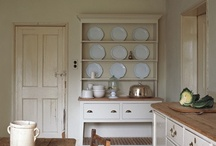 Kitchens / by Joan Hughes