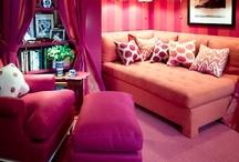 Colorful Spaces&Decor / by Zaida San Gil