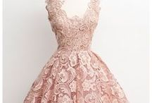 Vintage Fashion and Accessories / Vintage dresses, handbags, shoes and hats from a bygone era.