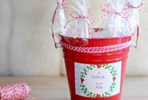 Christmas Treats To Give or Eat!! / Candies, food mix gifts, Holiday recipes...