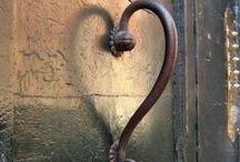 The Shape of Love / The Heart, Cuore, La Coeur!