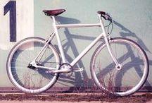 bike lover / by Lidia Brancher