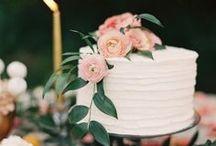 wed: cakes / by Ellie Lucash