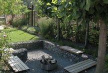Sitzen im Garten | collected by Klasse im Garten / sitting in the garden