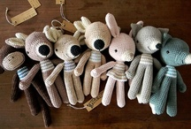 Amigurumis / A collection of cute and well done amigurumis...Most of them have a pattern  / by Yen Ap