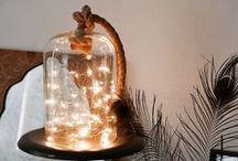 Pisca-pisca / Você pode usar essas luzes mágicas não apenas no Natal ou final de ano, mas sempre que quiser alegrar sua casa ou jardim com um brilho especial - pisca-pisca led, pisca-pisca pilha, entre outros