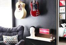 Music Decor / Casas e apartamentos decorados com um toque de música e instrumentos musicais