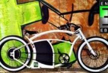 e-bikes / Un vélo électrique, c'est pas forcément barbant! Ces engins sont des merveilles de technologie et de design. Mais vaut mieux pas tomber en panne de batterie...;-) / by Lewis Wingrove