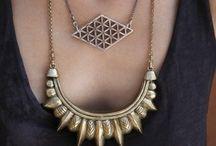 Accesorios / Jewelry / Bijoux & other beauties / by Paulina Cabanillas