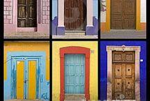 Doors / by Juan Antonio Cisneros Martinez