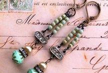 Jewelry / by Leslie Rosenberg