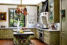 Kitchens / by Heather Gonzalez