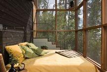 Bedroom=restful retreat / by Marlene Hudgins