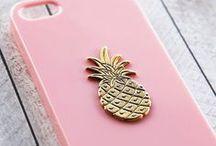 ANANAS. / Tout sur ce fruit merveilleux qu'est l'ananas ; design, recettes, imprimés, papeterie, etc.