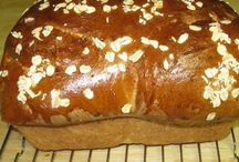 Recipes to Try: Breads / by Samantha Wells