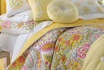 Spring Quilts / Spring quilt patterns, floral quilts, garden quilts, and butterfly quilts