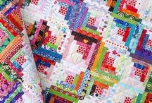 Log Cabin Quilt Patterns / Make a log cabin quilt with these log cabin quilt patterns and log cabin quilt blocks. Find interesting log cabin quilt variations and log cabin quilt layouts, too! / by FaveQuilts