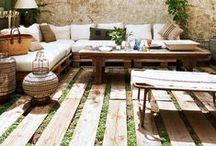 *outside* / Beautiful exteriors & Bistros & Sidewalk Cafes & Gorgeous outdoor & Delightful doors / by Celina Machado