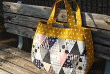 Quilted Handbag Patterns / The best resource for free quilted bag patterns. Find easy quilted totes, clutches, messenger bags, and more!